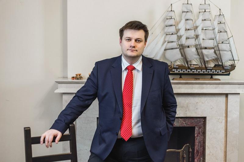 Адвокат Жарова