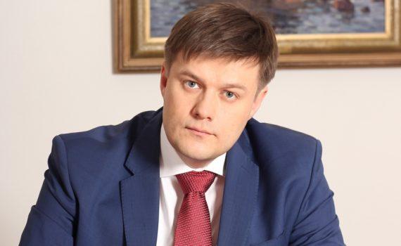Адвокат Антон Жаров